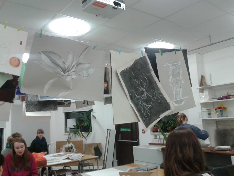 'suasana di Studio Seni'