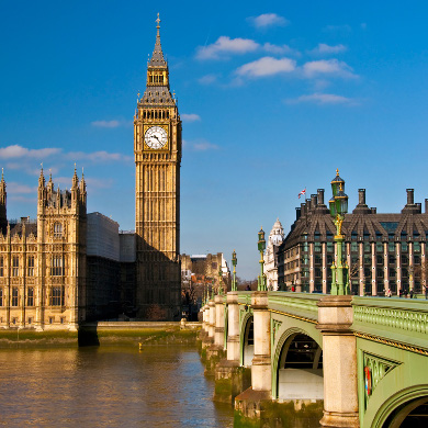 Legenda Arsitektur dan Ikon Britania Raya: Thames, Big Ben dan Parliament House, hanya 10 menit dari QE II CC - gambar dari funfacts
